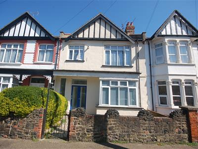 Property image of home to let in Brightwell Avenue, Westcliff-On-Sea
